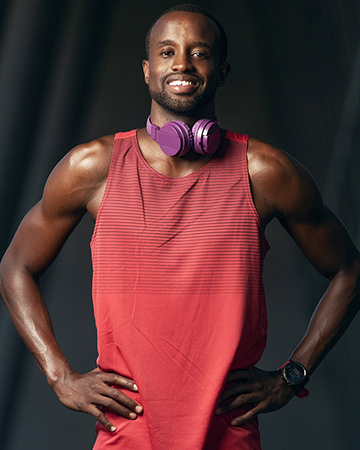 Daren Sydney's Afro-American fitness model