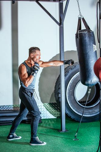 Kacper boxing