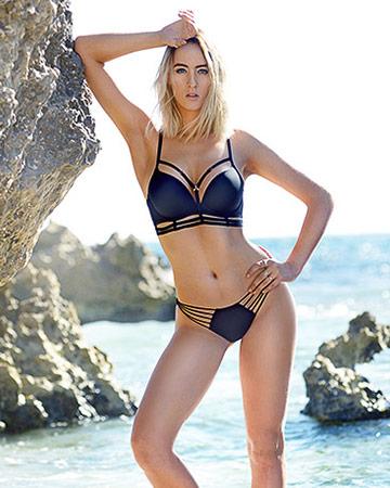 Lauren Perth fitness model during her swimwear photo suit