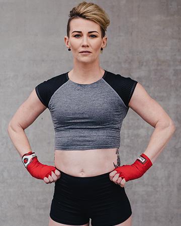 Lisa Brisbane female fitness model