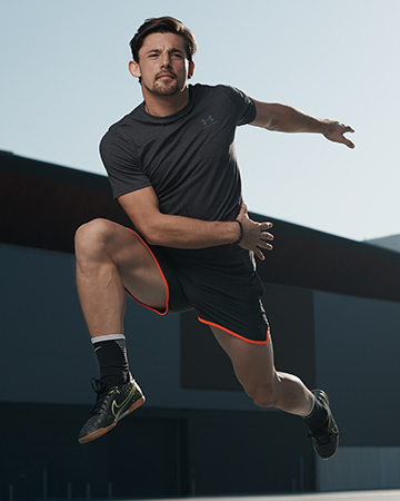 Patrick showing his athleticism during Sydney's fitness photo shoot