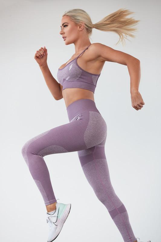 Alex Queenesland female fitness model runing