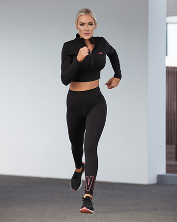 Alex Queensland female fitness model runnning
