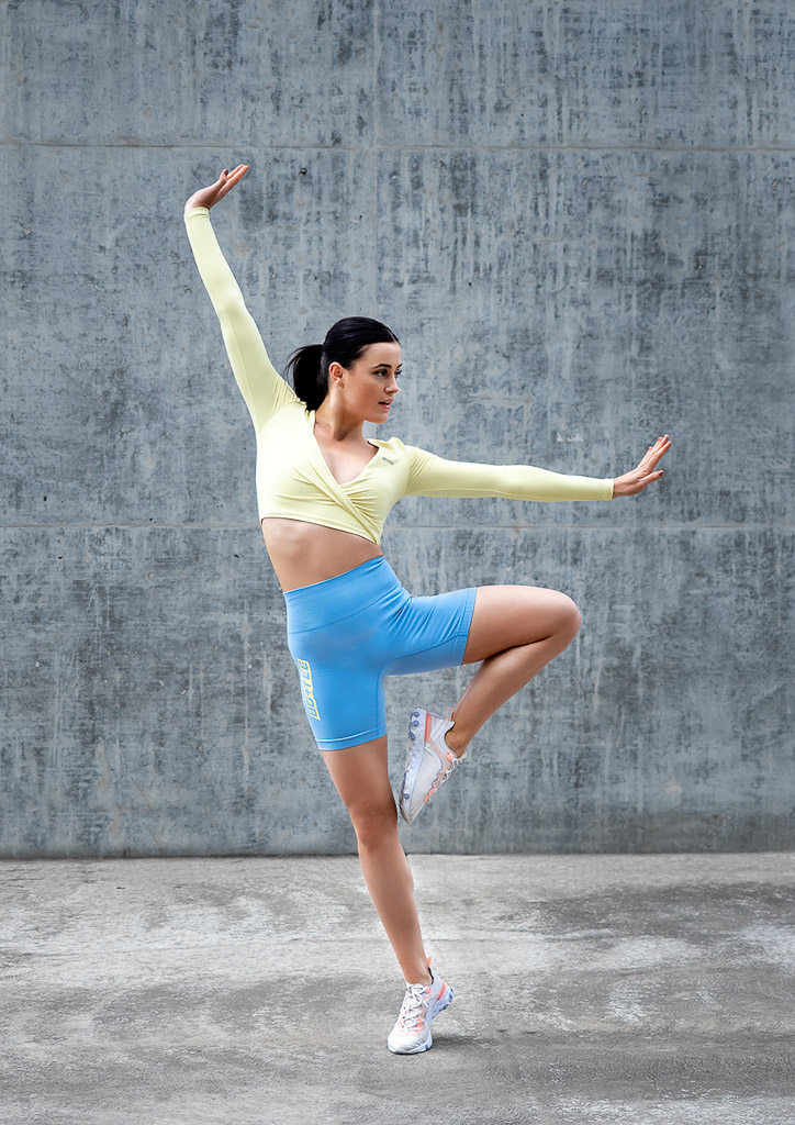 Amy Melbourne Fitness Model and High Level Dancer dancing 1
