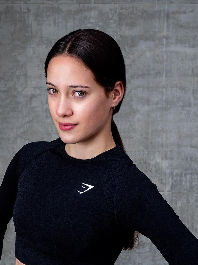 Chloe head and shoulders shot for Australia elite fitness models