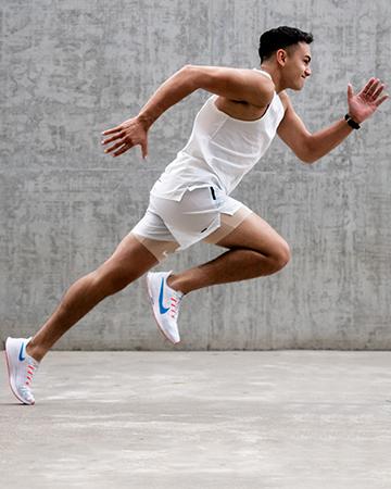 Luis running