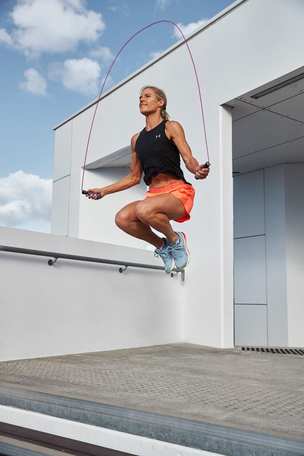 Queenslands mature female fitness model skipping