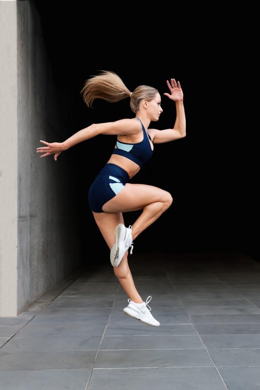 Alyson Melbourne dancer jumping