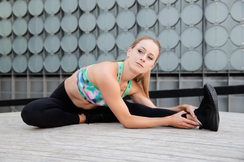 Alyson Melbourne dancer stretching