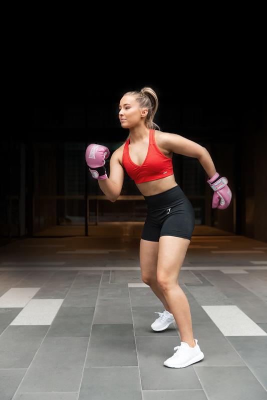 Georgie melbourne teen fitness model boxing