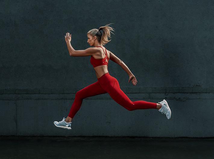 Samantha Sydney personal trainer fitness model running
